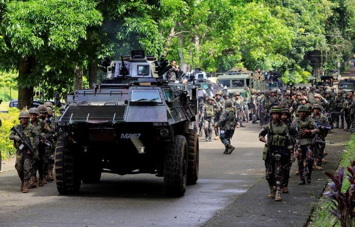 Philippines Says Foreign Fighters Part of ISIS 'Invasion'