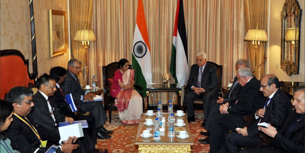 External affairs minister Sushma Swaraj and Palestinian President Mahmoud Abbas. Credit: Twitter/Gopal Baglay