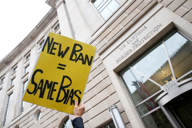 Judges Fire Questions About Revised Travel Ban at Justice Department Lawyer