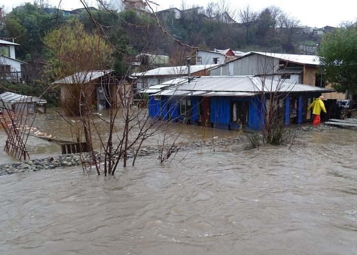 Chile Rains Leave Four Dead, Thousands Homeless