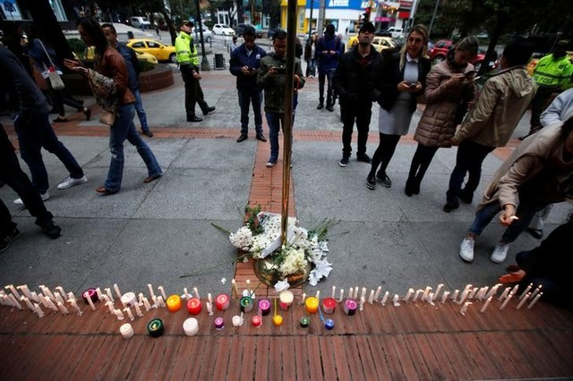 Colombians Leave Floral Tributes for Victims of Bogota Blast