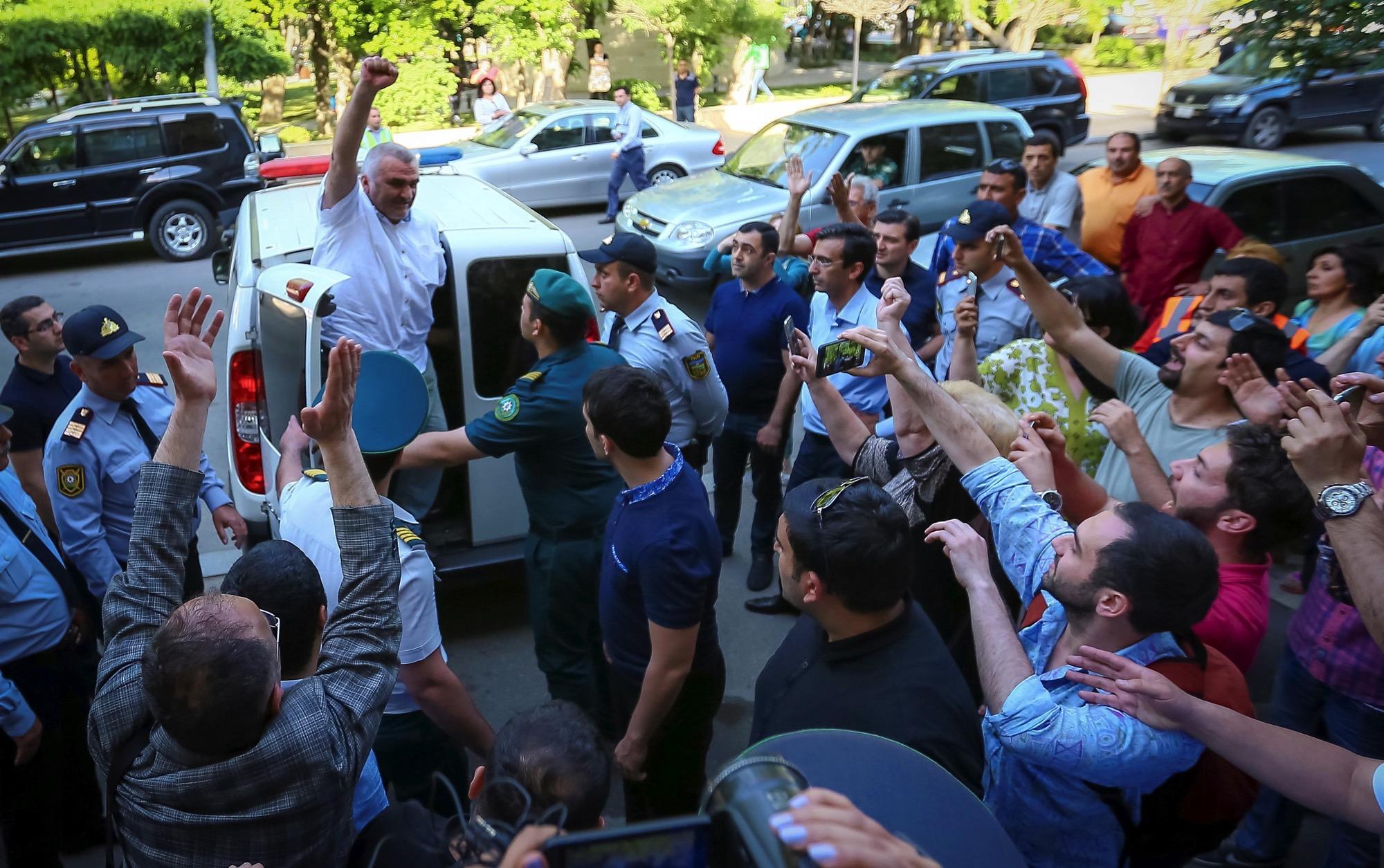 Azeri Journalist Kidnapped in Georgia, Detained in Azerbaijan