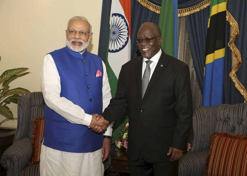 Prime Minister Narendra Modi poses with Tanzanian President John Pombe Magufuli. Credit: PTI/FilesPrime Minister Narendra Modi poses with Tanzanian President John Pombe Magufuli. Credit: PTI/Files