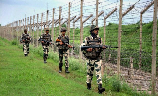 Soldiers patrolling along the Line of Control (LoC). Credit: PTI