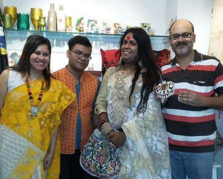 A Kolkata Venture is Challenging Transphobia Through Handicrafts