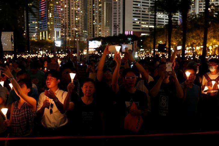 Tiananmen Square Anniversary Brings Together Thousands at Hong Kong Vigil