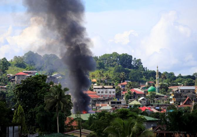 ISIS Militants Cling to 20% of Philippines Town After Three-Week Siege