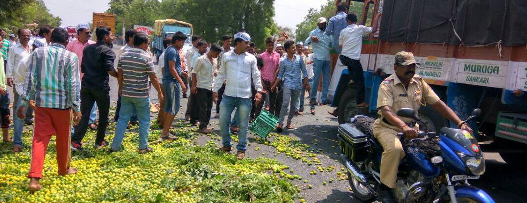 Markets Empty, Prices Rise as Maharashtra Farmers Go on Indefinite Strike