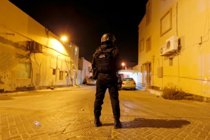 Bahrain Blast Kills Policeman in Shi'ite District, Ministry Blames 'Terrorists'