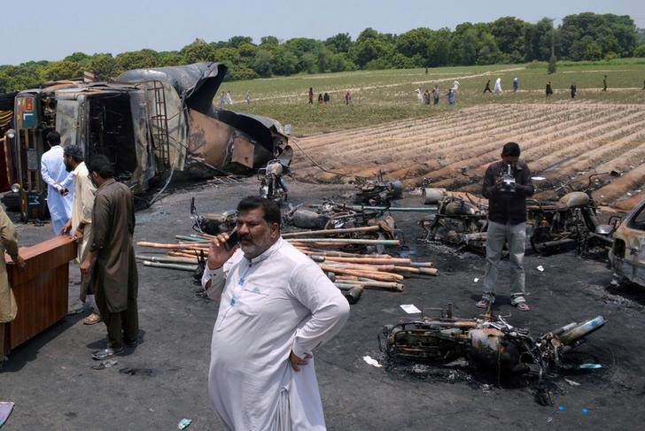 Pakistan Investigating Shell Contractor's Tanker Explosion That Killed 209