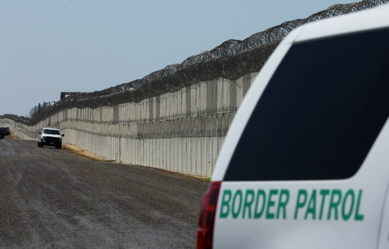 Trump Says His Border Wall Needn't Cover Entire US-Mexico Border