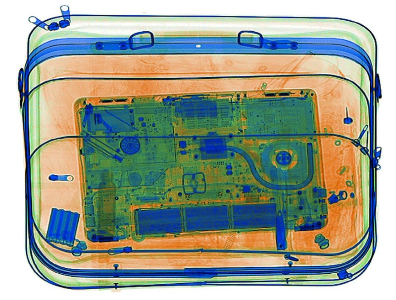 US Lifts Laptop Ban on Middle Eastern Airlines