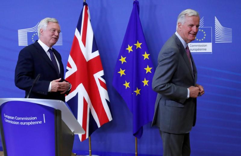 No Quick Breakthroughs in Brexit Talks, Say Negotiators
