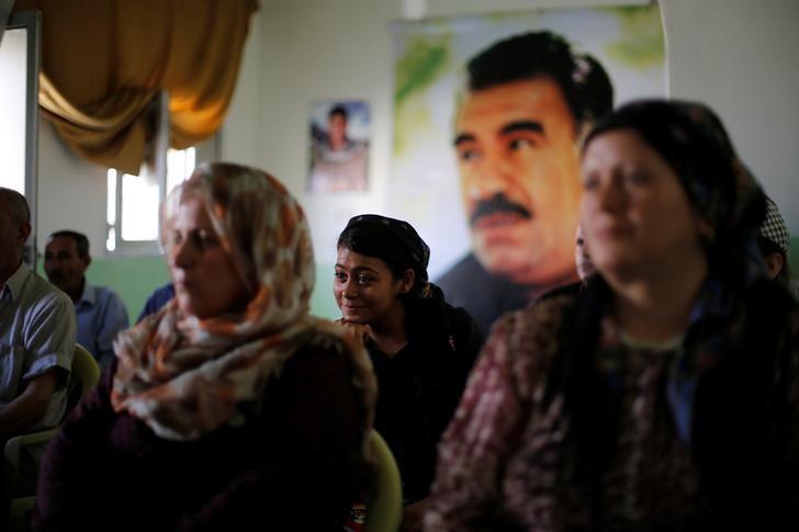 Aleppo District Reveals Assad's Uneasy Relationship With Kurds
