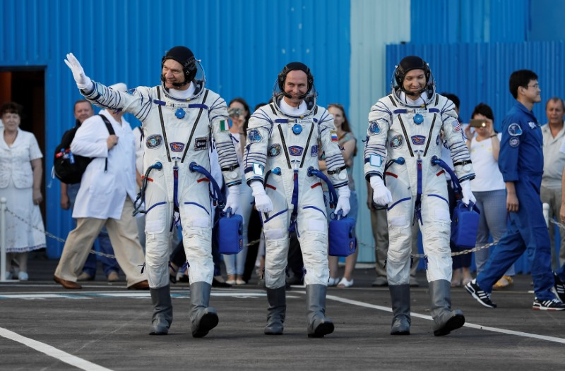 Three-Man US Crew Reaches ISS to Boost NASA Research