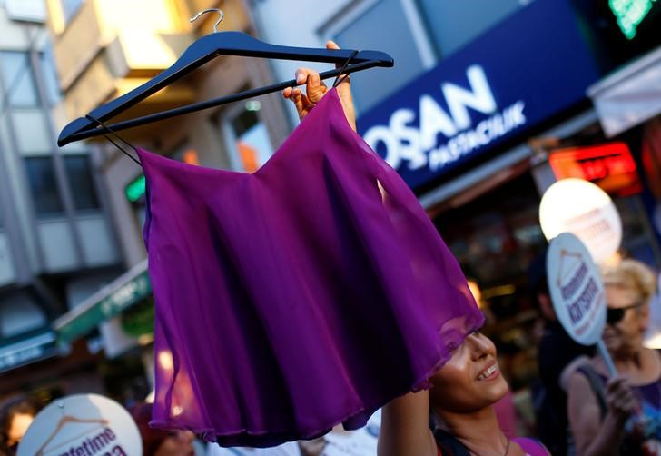 Turkish Women Protest Violence, Harassment Over Sartorial Choice