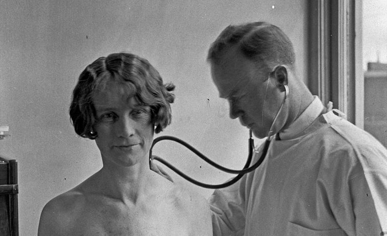 White Coats and Mild Manners: The History of Medical Etiquette