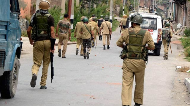 Eight Policemen Hospitalised After Being Beaten by Army Men in Kashmir's Ganderbal