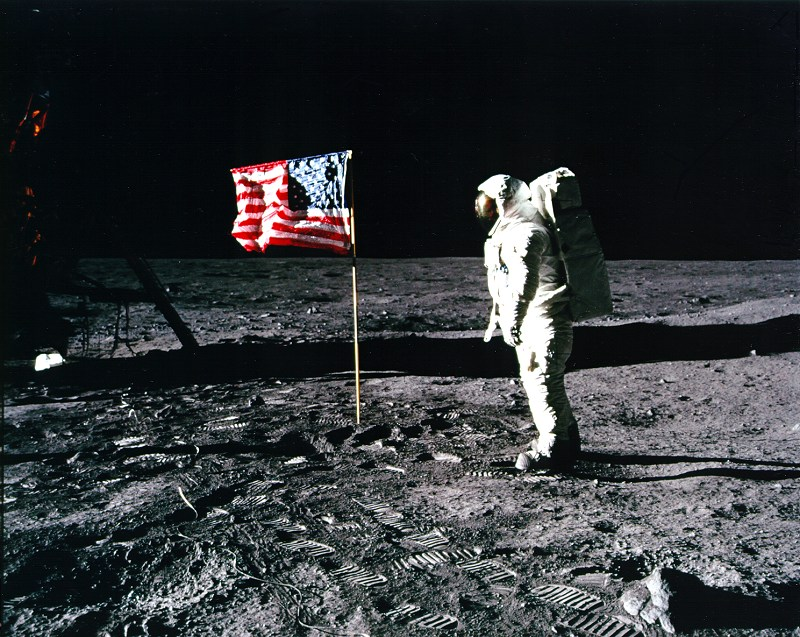 The Time Machine: The Story Behind the Man on the Moon