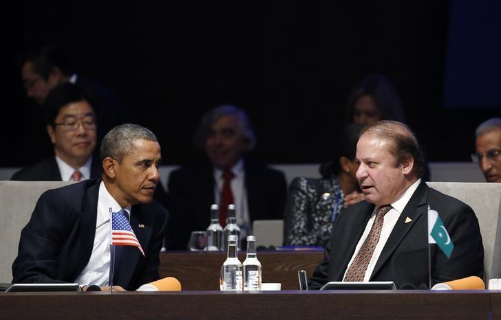 Former US President Barack Obama with Pakistan's Prime Minister Nawaz Sharif. Credit: Reuters/Yves Herman