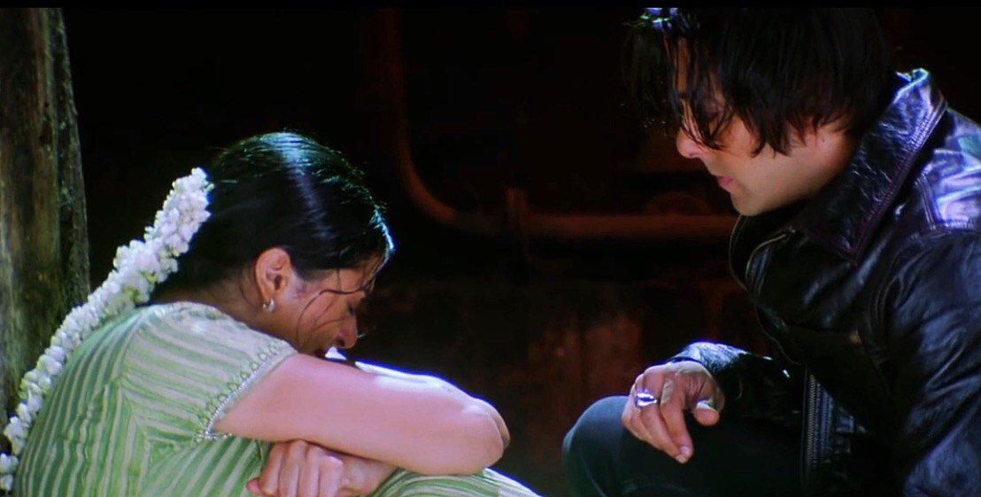 A still from Tere Naam. Salman Khan's character in Tere Naam is a stalker. Credit: YouTube