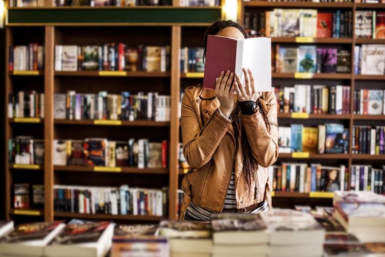 How Bookshops Can Thrive Despite Amazon's Popularity