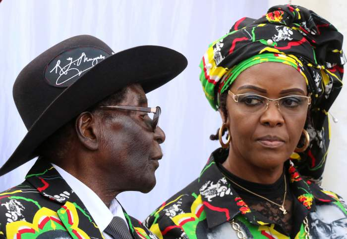 South African Borders on 'Red Alert' to Prevent Grace Mugabe From Fleeing