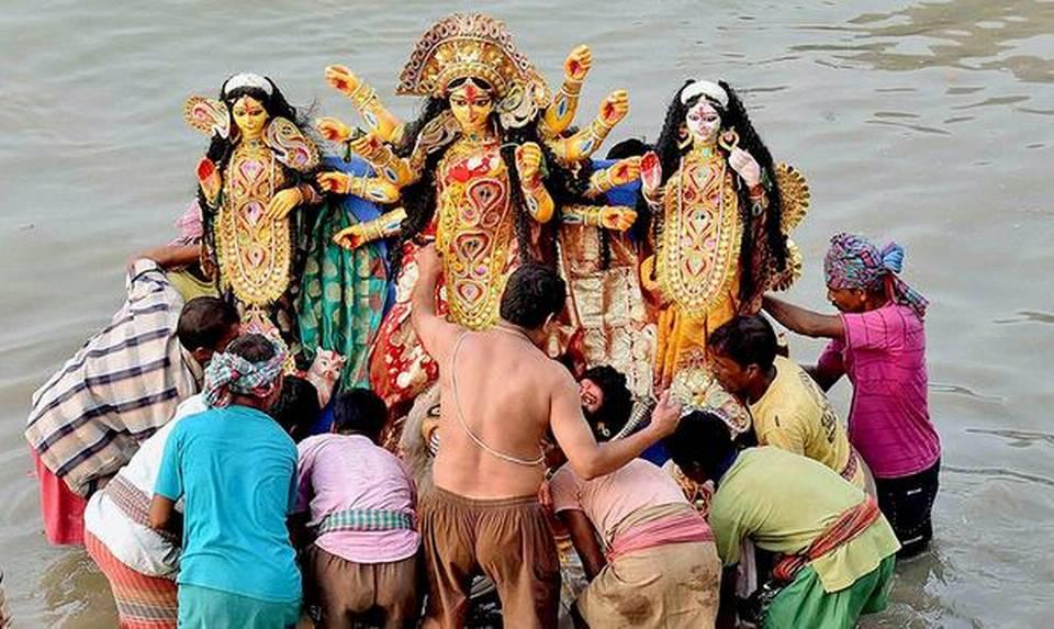 BJP, RSS to Oppose Mamata Banerjee's Order Banning Durga Idol Immersion on Muharram