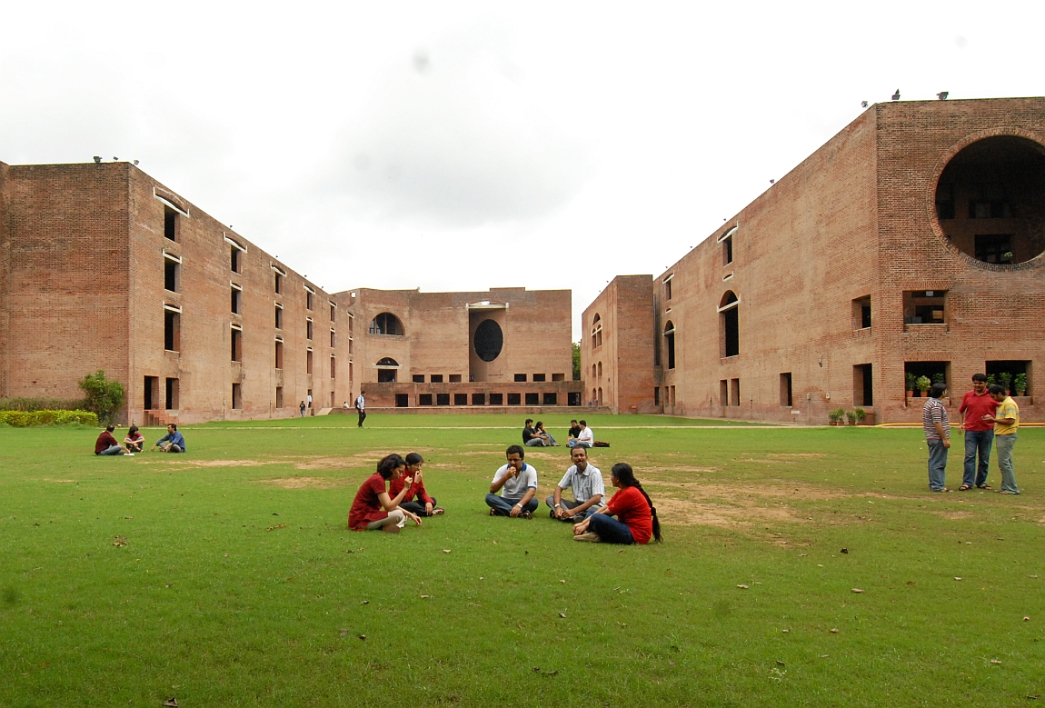 IIM Ahmedabad Continues to Ignore Reservation in its PhD Programme: Researchers