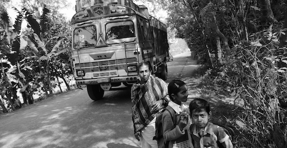 Photo Essay: Life on Bengal's Historic Jessore Road