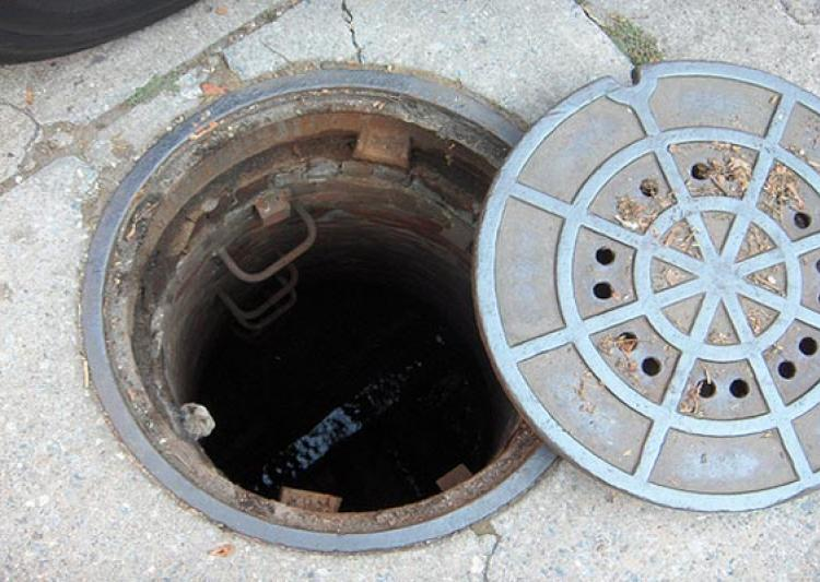 Three Die While Cleaning Manhole in Maharashtra's Panvel