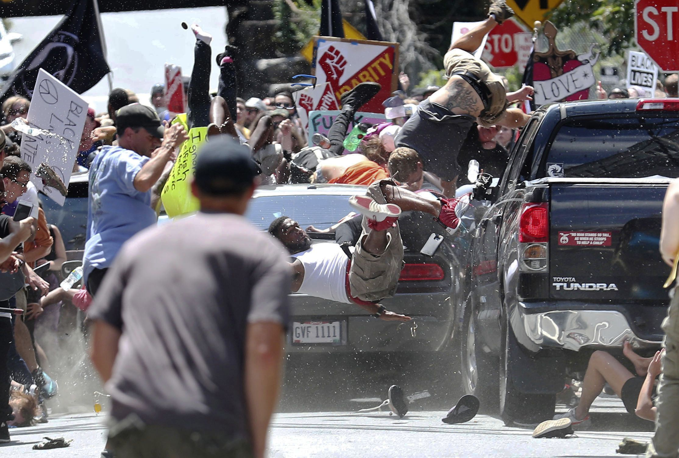 The Uncanny Echoes of Picasso's 'Guernica' in Kelly's Charlottesville Photograph