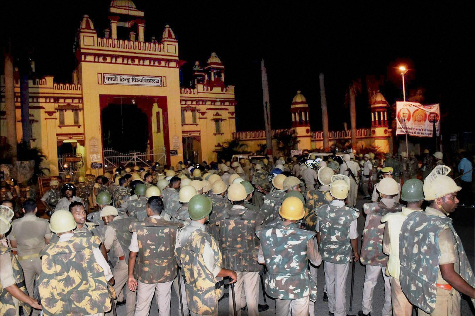 BHU Students Detained En Route to PM's Residence, Released Later