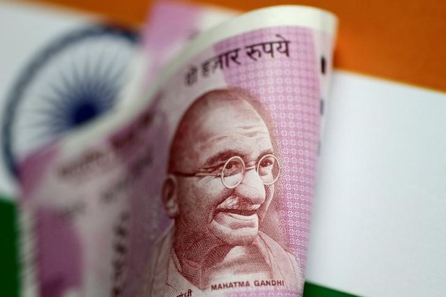 India's Current Account Deficit Widens to Four-Year High