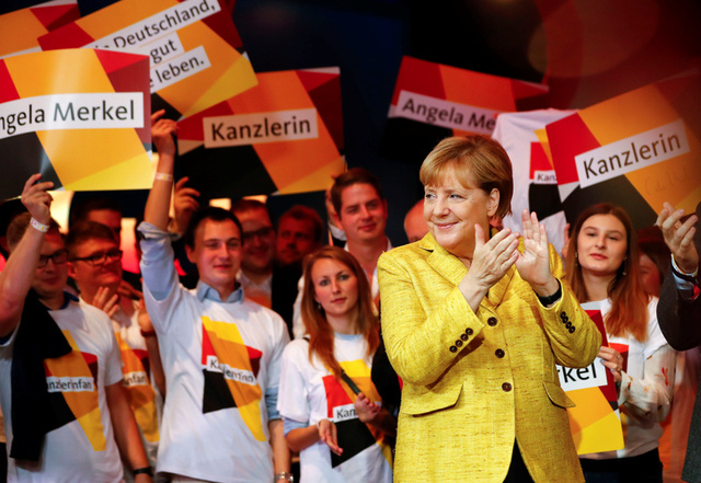 Germany Votes as History Beckons for Merkel, Far-Right