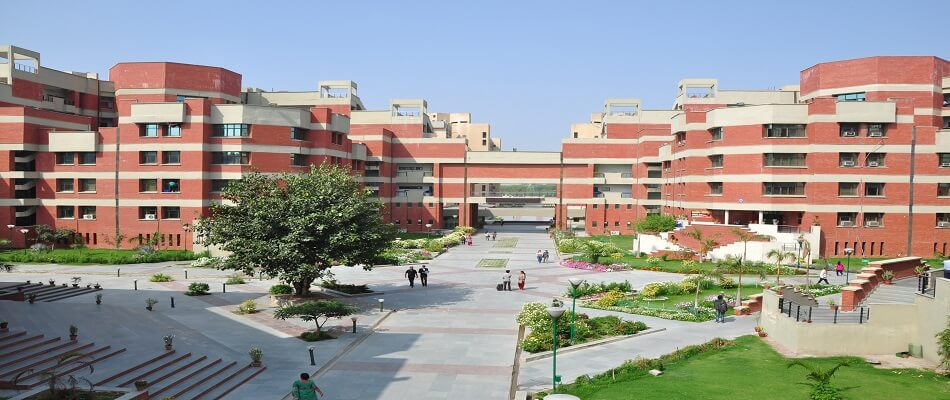 Student With Thalassaemia Wins Legal Battle Over Medical College Seat in Delhi