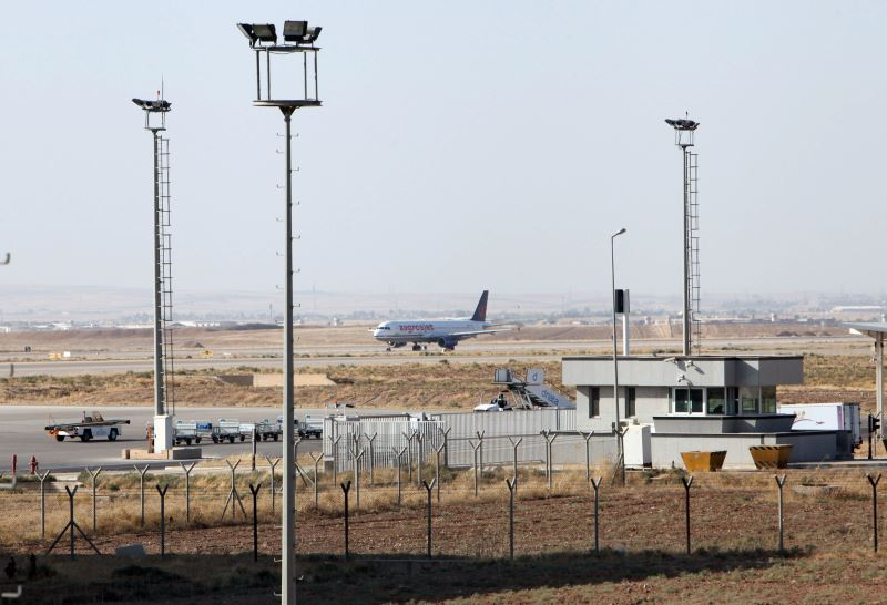 Iraq Imposes Air Ban on Kurdistan for Independence Vote