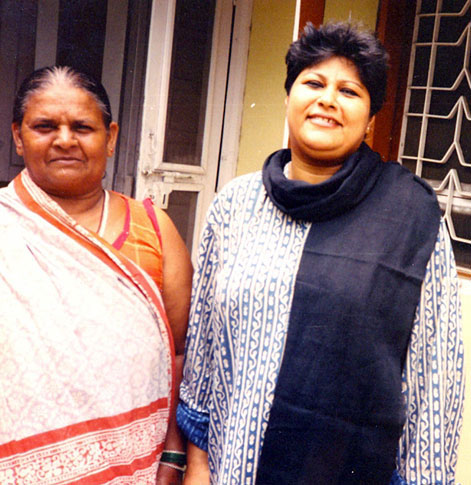 Papiya Ghosh (right) and Malti Devi (left). Credit: Wikipedia