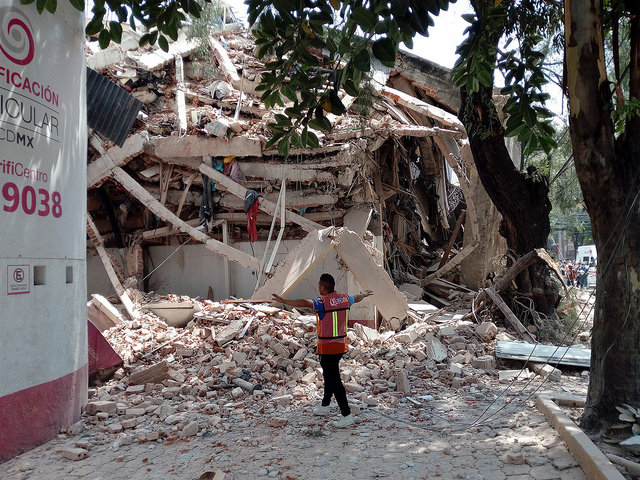 Earthquake Leaves Mexico's Disaster Response System Struggling to Keep Up