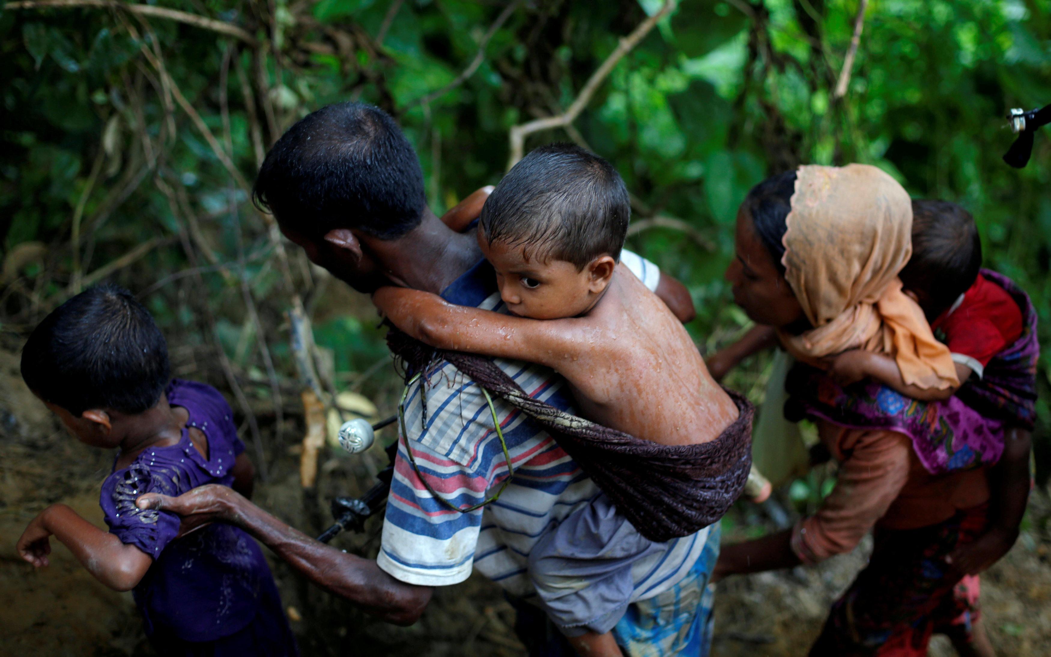 Rohingya Insurgents Declare Month-Long Ceasefire Amid Humanitarian Crisis