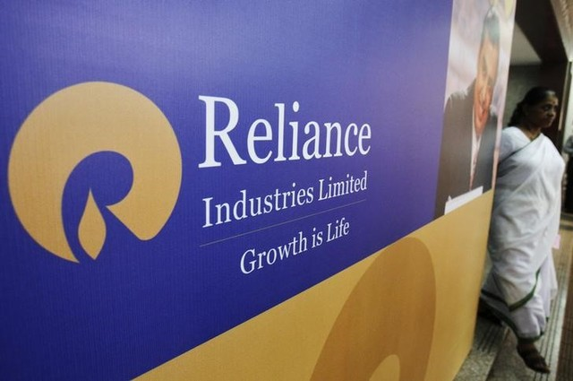 Reliance Plans Major Expansion at World's Largest Oil Refinery Complex