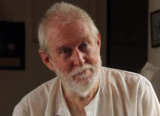Tom Alter: The 'Angrez' Who Wrote His Memoir in Urdu