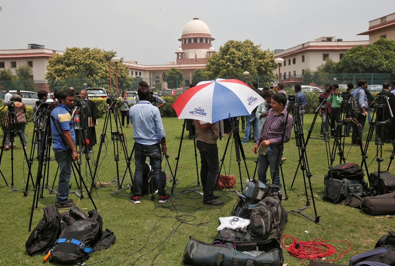 Amidst Health Risks and Lay Offs, Journalists Subjected to Arbitrary Threats: Rights Group