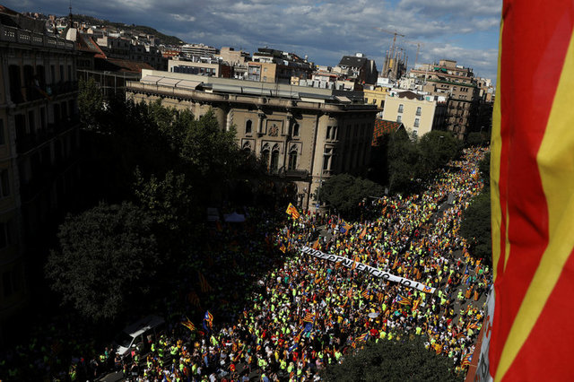 One Million Rally for Catalan Independence From Spain