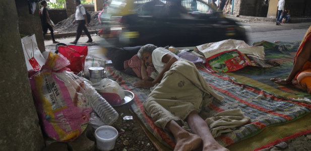 A Mumbai Street Is Ground Zero for India's Unfolding Cancer-Care Crisis