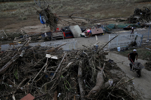 'Puerto Rico in Trouble After Hurricane, Debt Must Be Dealt With', Says Trump