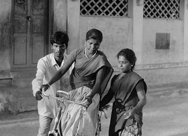 Over 100,000 neo-literate women in Pudukkottai district learned cycling in 1992-93. Credit: P. Sainath