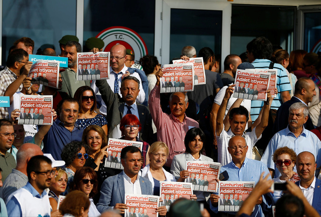 Opposition Newspaper Journalists Must Remain in Custody, Rules Turkish Court