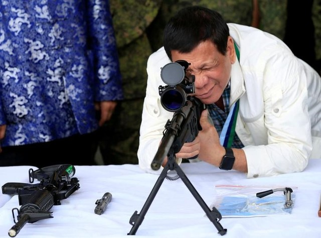 Duterte to Head of Human Rights Agency: Are You a Pedophile?