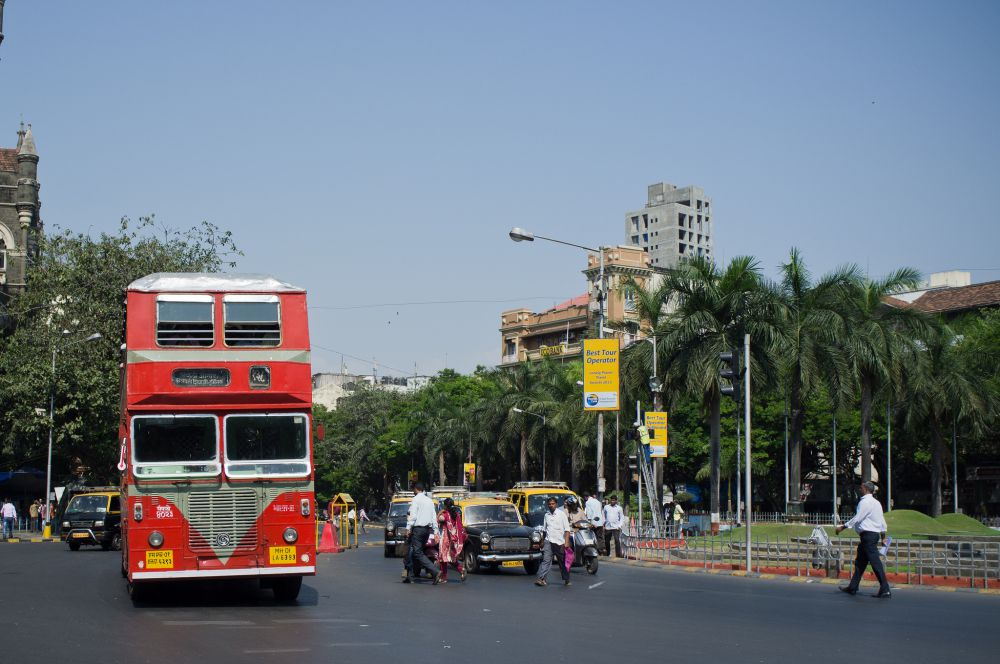 Facilitation of private transport has become active policy in Indian cities. Credit: garghe/ Flickr (CC BY-SA 2.0)